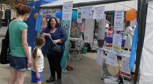 Mad Science Show at Letchworth Festival 2016
